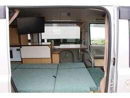 2人旅仕様となっており後席は広々ご使用できる空間となっております!