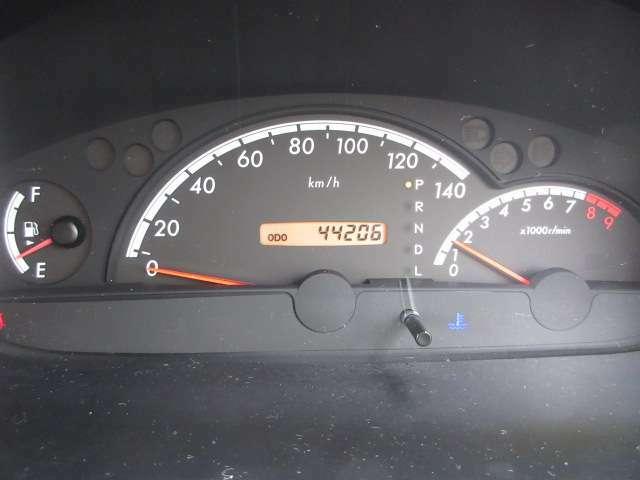 走行44206キロ☆内・外装クリーニング済み!キレイなお車です☆