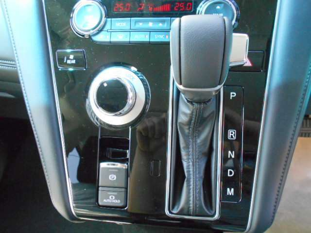 インパネ8速オートマ 4WDセレクトスイッチ