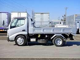 車両総重量6555kg 最大積載量3000kg