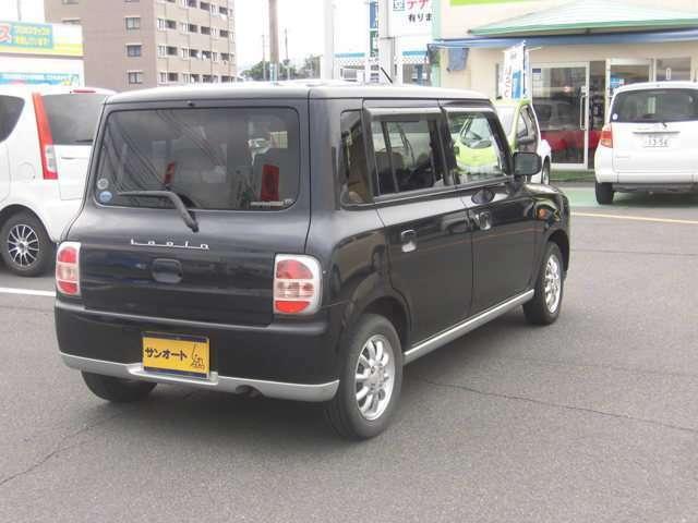 霧島市隼人町見次交差点近くにございます。格安中古車をお探しの方は一度当店のお車をご覧下さい。