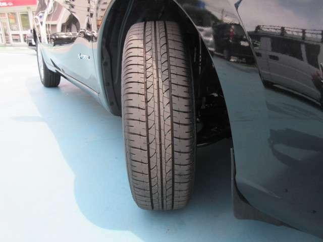 タイヤ残量タップリあります