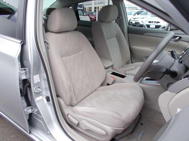 運転席ドアから、ご乗車いただくイメージ画像です
