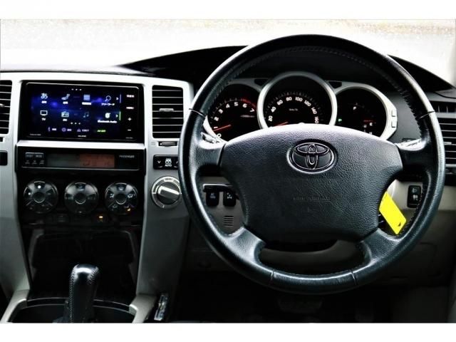 大きくて運転するのが難しそう・・・など思うお客様もいらっしゃると思いますが!実際は目線も高く遠くまで見渡すことも可能ですので、意外と運転がしやすい!とお客様からよく聞きます(笑)