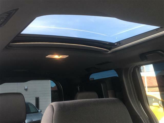 スナップハウスは全メーカー全車種からプチバン、ミニバンなど豊富なラインナップのファミリーカーをご用意♪実際運転する時のクルマの大きさ、乗り降りのしやすさや荷室容量を比べて体験できます!!