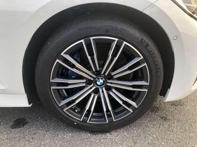 BMW Mスポーツ専用ホイールです。