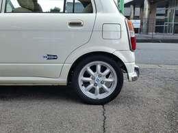 納車時にタイヤとバッテリーが新品なので安心してお乗り頂けます。