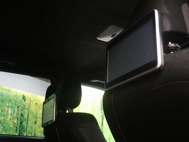 【プライベートモニター】も装備されております♪お子様など、ロングドライブでも退屈せず楽しくお過ごしいただけます。