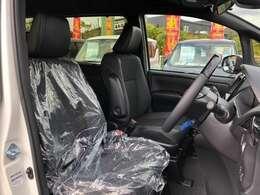 当店では普通車から軽自動車まで幅広く各メーカーの車種を豊富に揃えております。