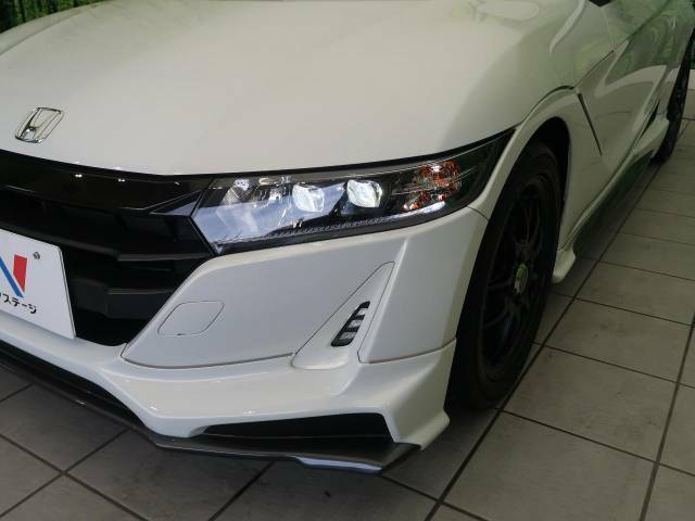 お洒落な【LEDヘッドライト】装着車!より明るく、安心安全に、夜道をドライブできます!