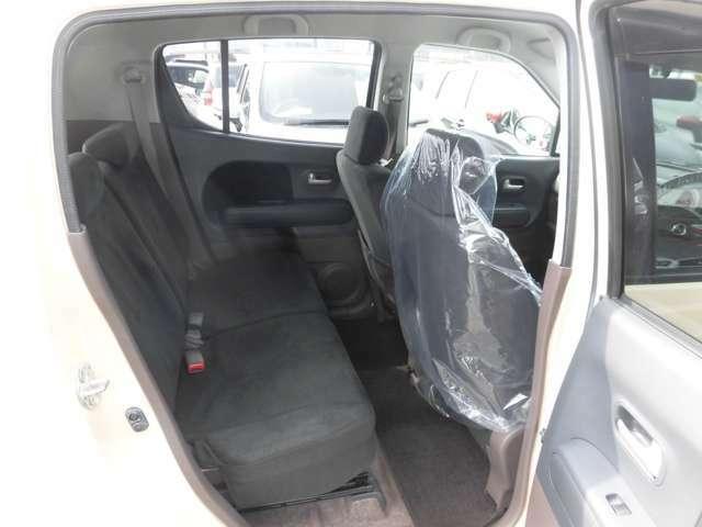 車内はプロによるルームクリーニングで綺麗に仕上げております。