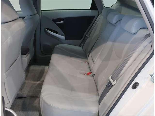 快適に気持ち良くご乗車いただく為に、見えないところまで徹底洗浄しています。