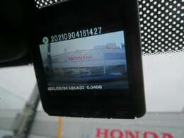☆もしもの時にも安心のドライブレコーダー装備です☆後方にもセルスター製ドラレコ・CSD-600FHR付☆
