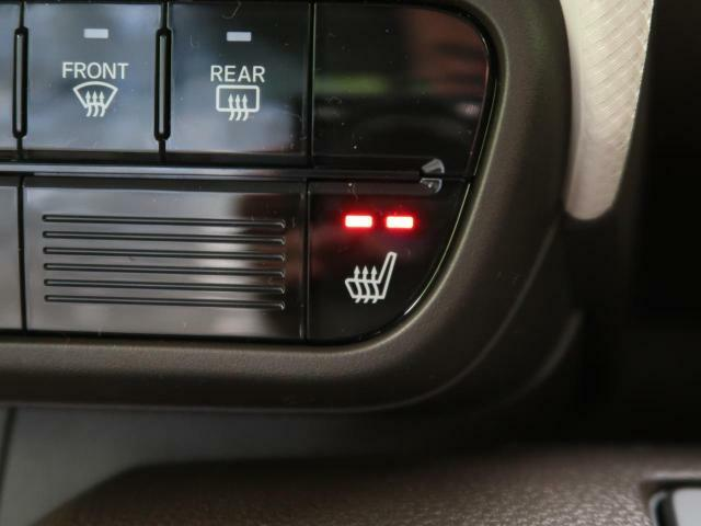 冬にありがたい【シートヒーター】ロングドライブでは腰まわりを暖め血流を良くすることによって、腰の痛み&疲れを軽減します♪