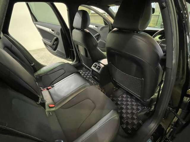 ゆっくり乗車できます♪大人になってもドライブには行きたいですね(*'ω'*)ご家族や友人達にもご自慢して頂けるシートになります。