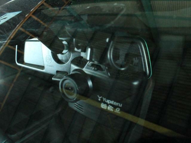 ドライブレコーダーも装着されています!