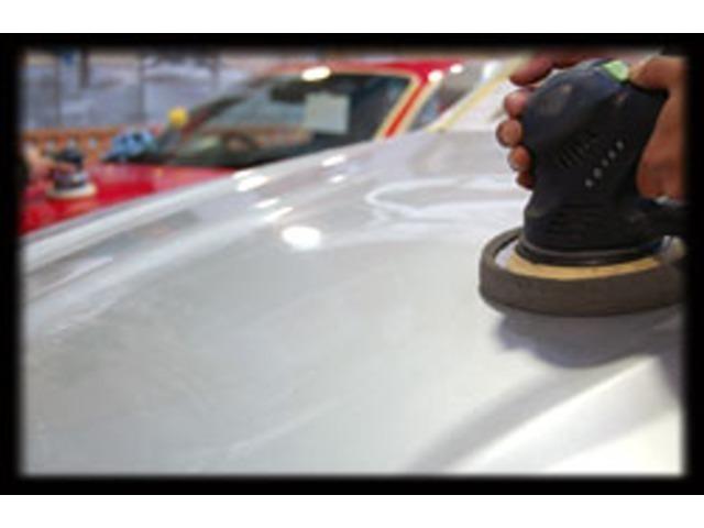 Aプラン画像:従来のポリマー加工の概念を覆す3年持続の高撥水・高耐久性!塗装のようなコーティングです。当社は全車エンジンルーム室内クリーニング・ボディ磨きコーティング済みですがボディの状態をキープされたい方に!