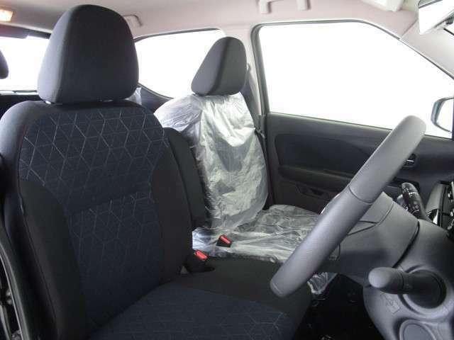 座り心地のいい、フロントシートです。