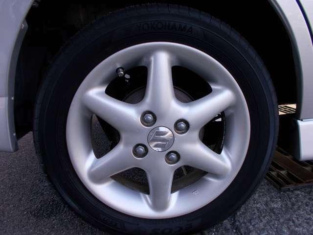 タイヤもホイールも状態よくキレイです!!