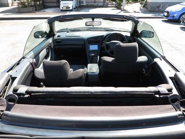 軽自動車~外車まで豊富にラインナップ!厳選した展示車はどれもおすすめ出来る自慢の1台です。