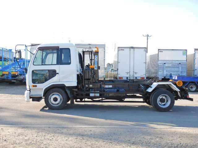 車両総重量7985kg 最大積載量3850kg