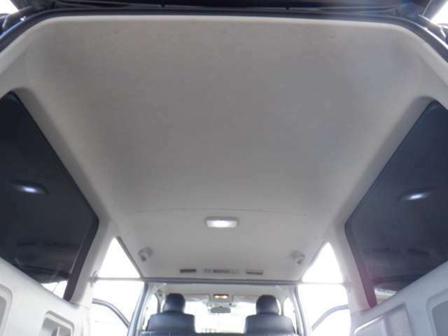 ワンオーナー/HDDナビTV/Bluetooth/DVD再生/バックカメラ/ETC/Valenti LEDテール/新品16inAW/Fリップスポイラー/シートカバー/AC100V電源