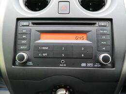 純正オーディオ☆CD・ラジオの再生が可能です☆ナビへのお取替えもご相談ください!