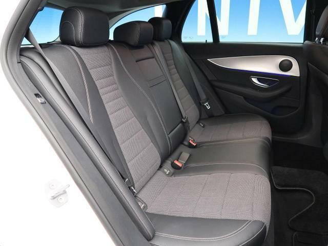 ●後席シート:使用感もなくすごく綺麗な状態です♪座り心地は店頭にてお確かめください!