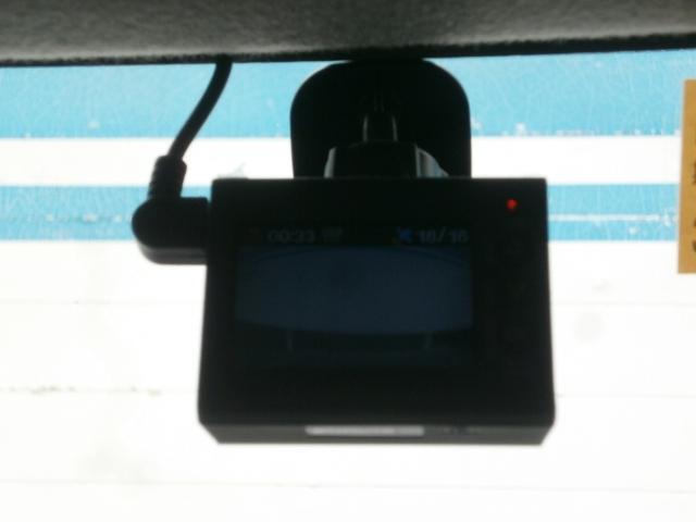ドライブレコーダーが付いているので、万が一の時も安心です♪