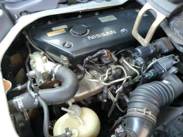 手入れの行き届いたディーゼルエンジンです。排気量は4,800ccでパワフル走行が可能です。型式は【PB】となっております。各種ローン・リースも取扱っておりますのでご相談下さい!!
