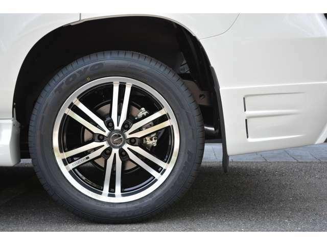 ■乗り心地重視■足回りには乗り心地を決める重要な部品です。当社では価格重視ではなく、乗り心地を重視し「テイン」「クスコ」など専門メーカー品を使用しているので数年でヘタりが出る様なことはございません。