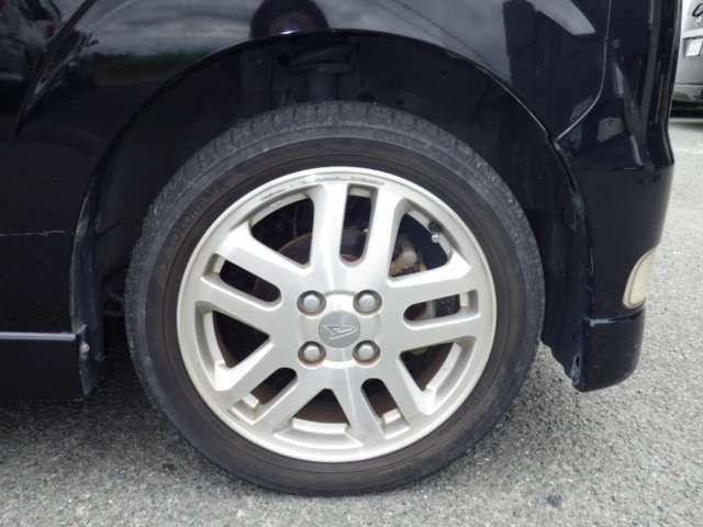 【タイヤ】タイヤ交換の料金は基本的には費用に含まれておりませんのでタイヤ交換をご希望の場合は別途費用がかかります。※見積書及び注文書に記載がない場合は別途費用がかかります。