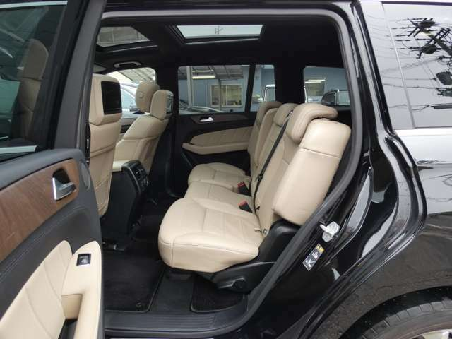 AVIXIMPORTグループに無いお車も御提案可能で御座います!バックオーダーシステムをご利用しお客様に最適なお車をご提案させて頂いております!無料通話【0120-71-9858】
