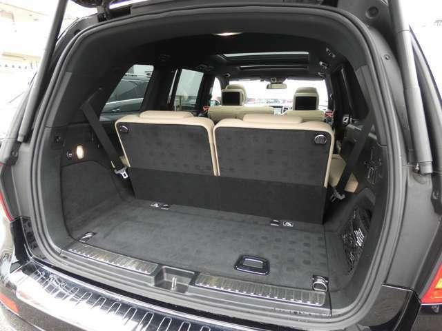 ウッドパネル 電動チルト本革巻マルチファンクションウッドコンビステアリング DOHC V型6気筒ディーゼルターボ パドルシフト