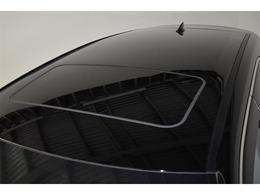 ムーンルーフ付きです。車内が明るくなり風通しもよくなるため解放感を味わえます