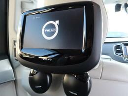◆ボルボ純正リアエンターテイメントシステム付き♪オプションで15万円以上する後席モニター!遠距離ドライブにも快適にお楽しみいただけること間違いなしです♪