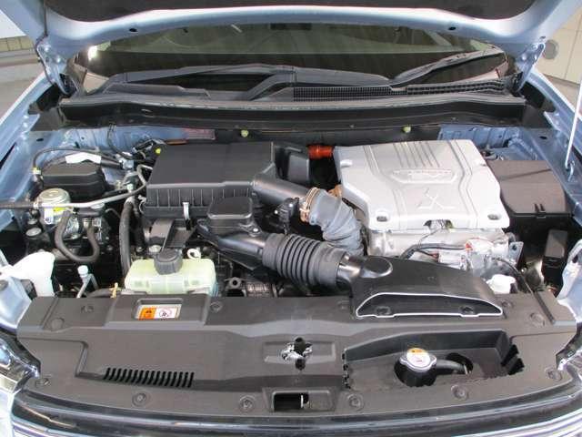 2000CCガソリンエンジン搭載