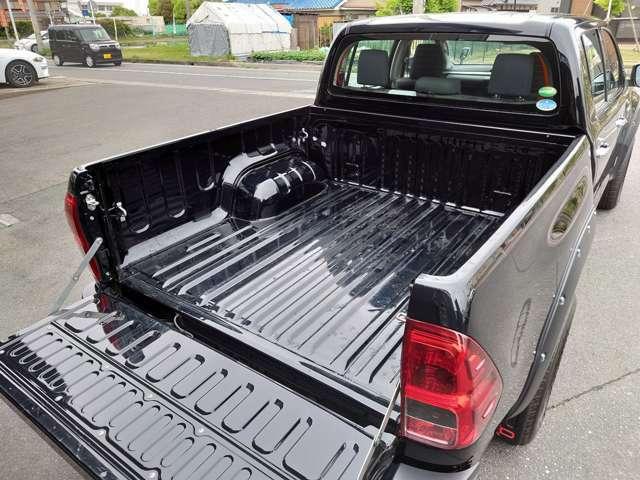 トノカバーを取り付ける事で雨風から荷物を守ってくれます!
