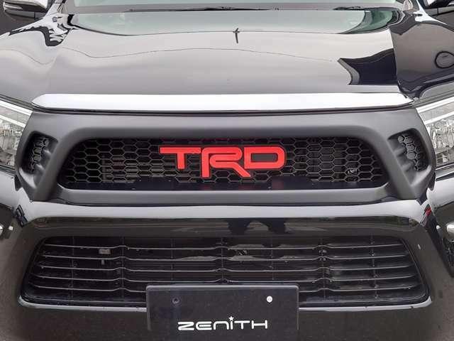 TRDグリルがノーマル車と比べ印象を大きく変えてくれます!