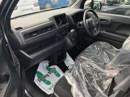 お客様にお気に入りのお車を安心して長くお乗りいただくために、ケイカフェは最長10年間、325項目以上をカバーする10年保証プランをご用意しております。月々約332円でご加入いただけますのでぜひご検討下さい!