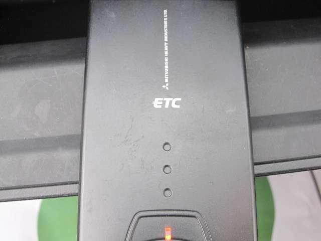 ETCが付いているので、高速での乗り降りも楽にできます。