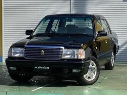 トヨタ クラウンセダン 2.0 マイルドハイブリッド スーパーデラックス 元政府機関公用車 ワンオーナー