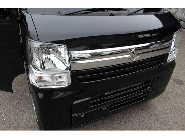 メーカーオプションメッキフロントフードガーニッシュ付!メーカーオプションレーダーブレーキサポート・ディーラーオプションフロントフードガーニッシュ・ターボ・4WD・車検R4年2月!現行モデル