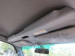☆オーバーヘッドコンソール付き!☆フロント天井には純正オプションのオーバーヘッドシェルフ!収納に便利なアイテムです。