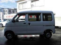 当社中国運輸局長認証工場となります。車輌状態のわかるプロのスタッフが常に常駐しております。