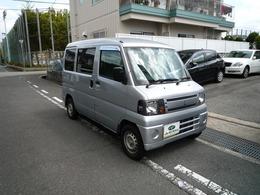 三菱 ミニキャブバン スローパー車椅子