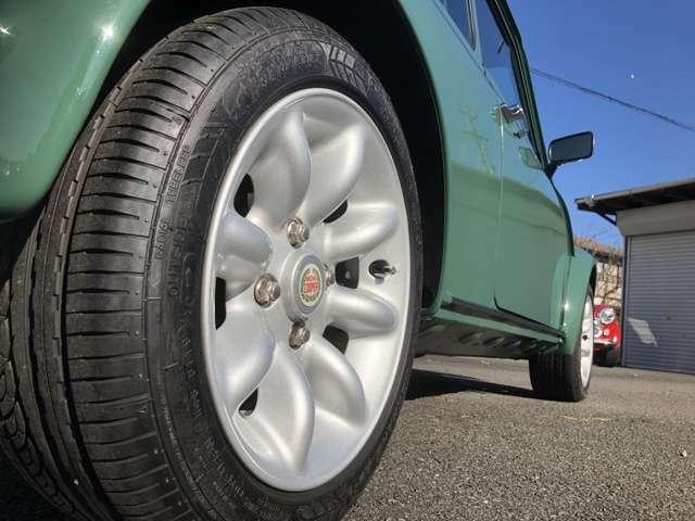 品質への徹底したこだわりが生んだ、オリエンタルカーズオリジナルの安心のMINIです。