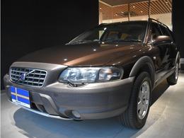 ボルボ V70XC クロスカントリー 2.4T 4WD サンルーフ 白革 シートヒーター ナビ