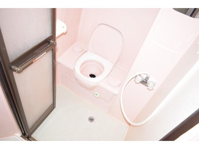 カセットトイレ付になりますので、緊急時でもご安心頂けます!