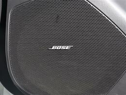 【 BOSEサウンドシステム 】上質なサウンドを楽しめるようにと専用設計されたスピーカーを搭載!CX-5設計段階から共同開発されたシステムはドライバーに上質なサウンドをお届けします!